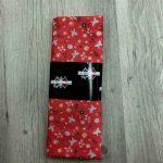 Tissu coton motif fleurs et papillons rouge